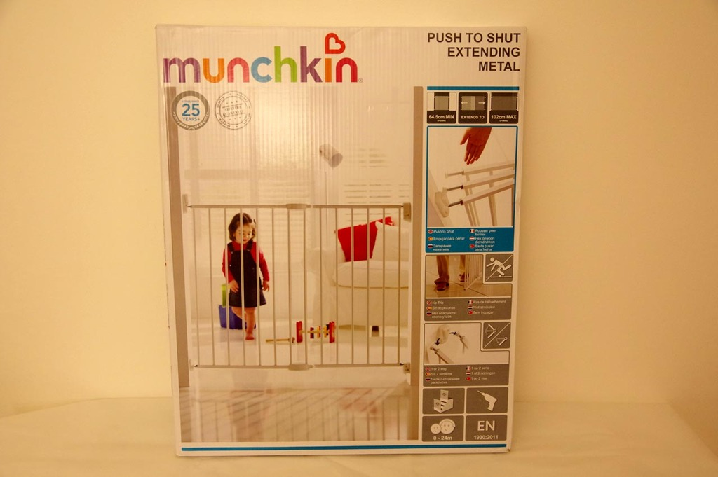 Packaging de la barrière de sécurité enfant Munchkin